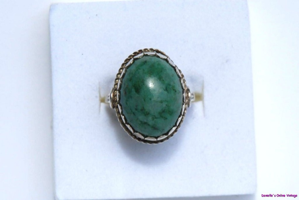 antique 1900s genuine jade cabochon sterling silver ring 7